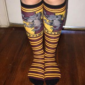 Harry Potter knee high Gryffindor socks & scarf